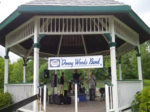 Donny Woods Band in Gazebo